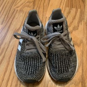 Boys adidas swift run